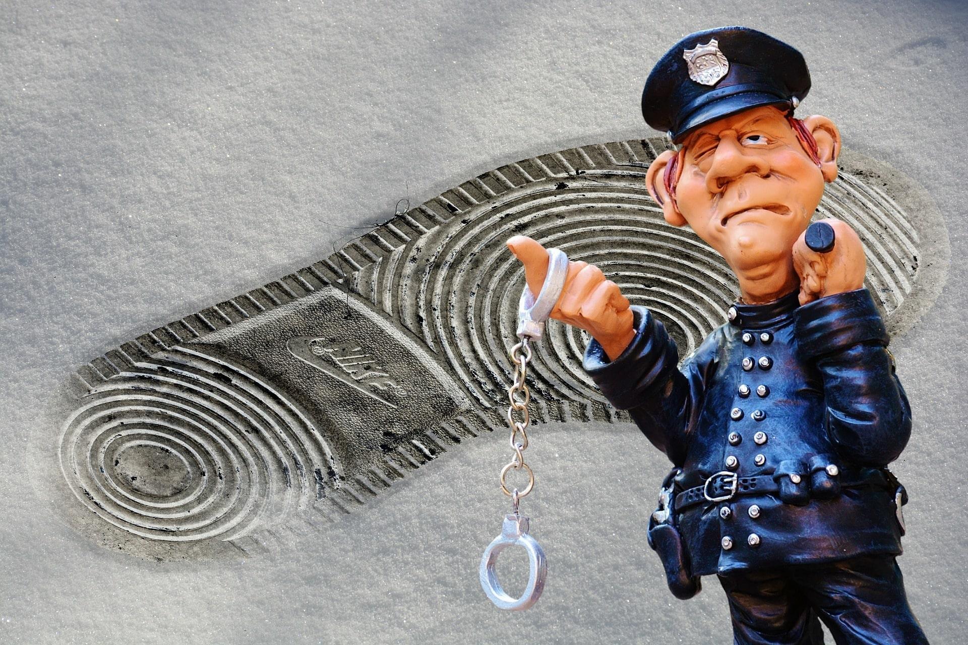 police-11410511920-min.jpg